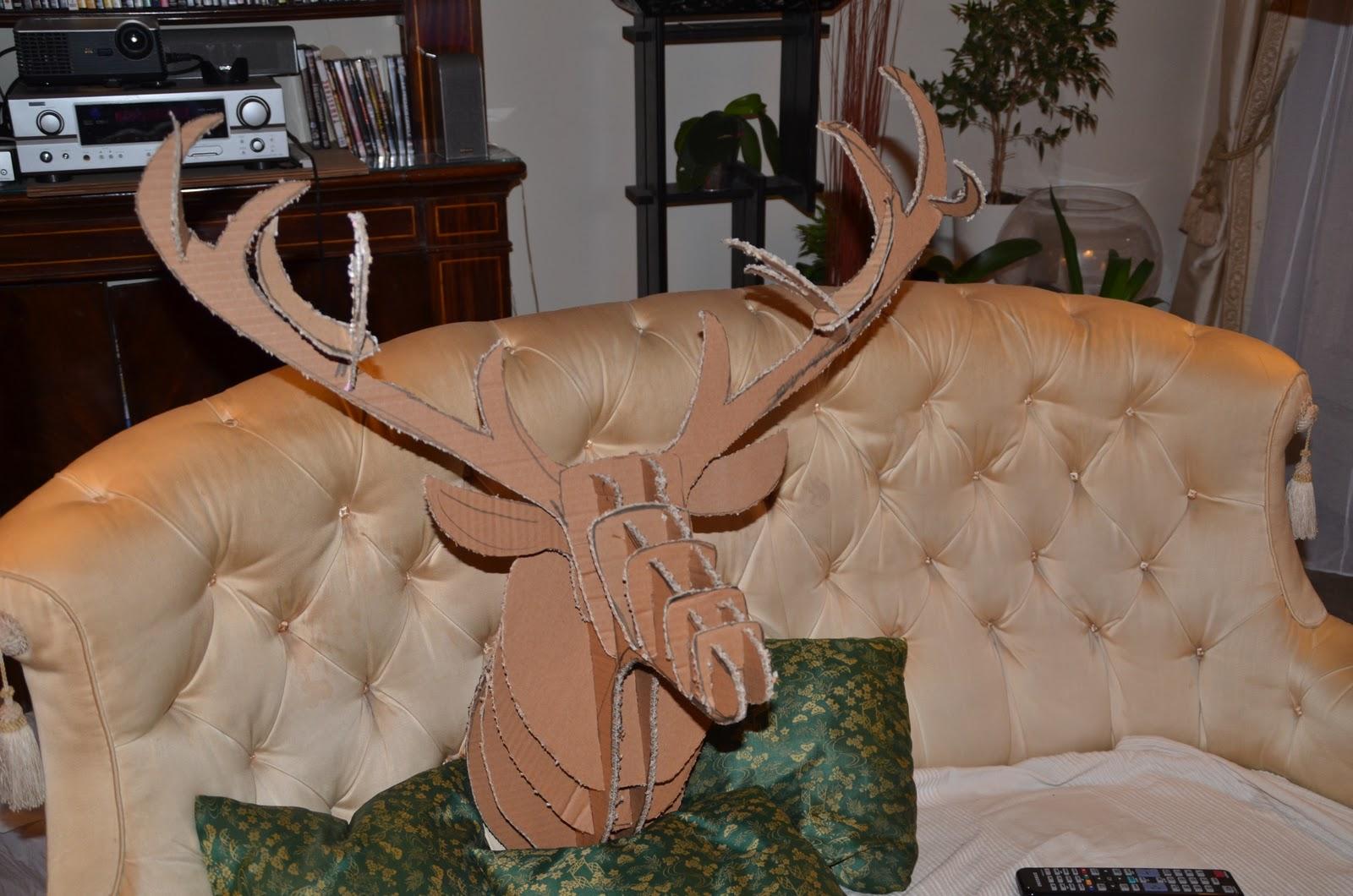 port du casque obligatoire t te de cerf 1 re partie. Black Bedroom Furniture Sets. Home Design Ideas