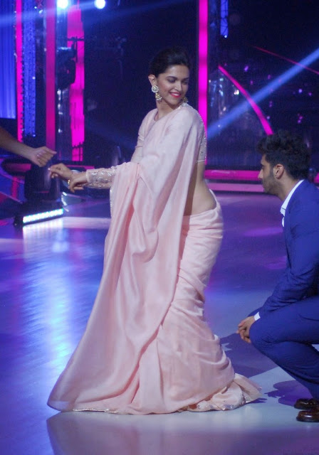 Deepika Padukone gorgeous Saree at Jhalak Dikhhla Jaa Set promoting Finding Fanny