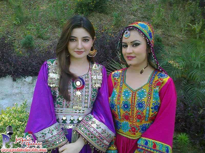 Gul Panra New Look in Afghani Dress