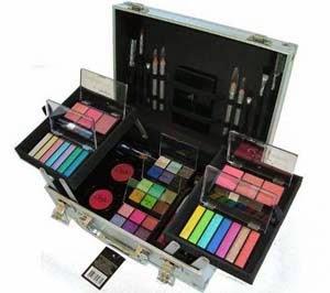 Kits de maquiagem para dar de presente para mãe no natal
