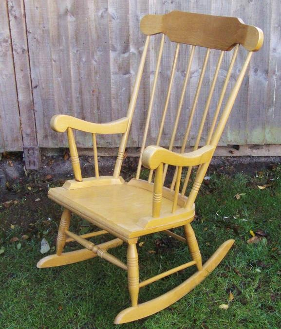 Exceptionnel Shabby Chic Rocking Chair Restoration Project