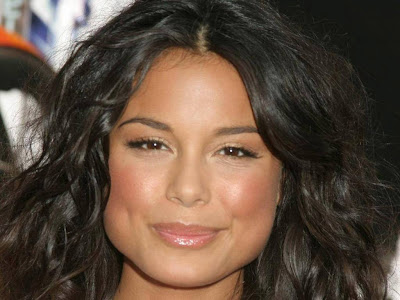 Gorgeous Nathalie Kelley Normal Resolution HD Wallpaper