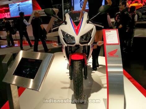 Honda CBR 300R di EICMA 2013
