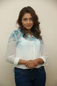 Madhu shalini glam pics-thumbnail-16