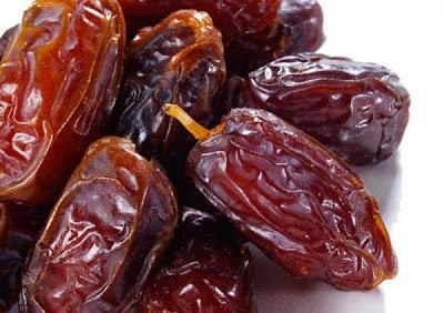 فوائد و اهمية تناول و اكل التمر صحيا dried dates health benefits