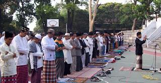 Shalat Hari Raya di Masjid Lebih Utama Daripada Di Lapangan