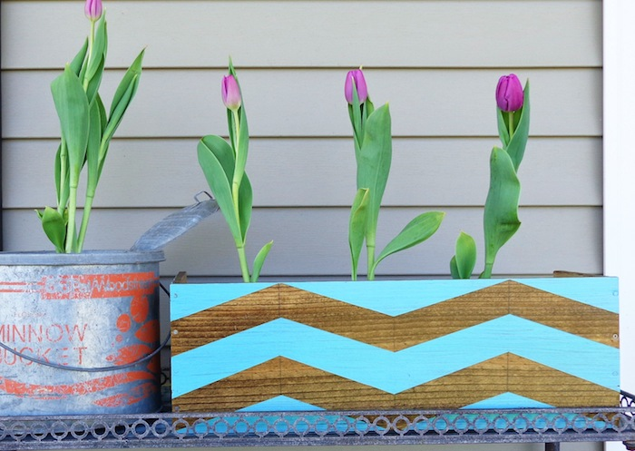 Chevron Planter, Upcycled Wine Box #diy #chevron