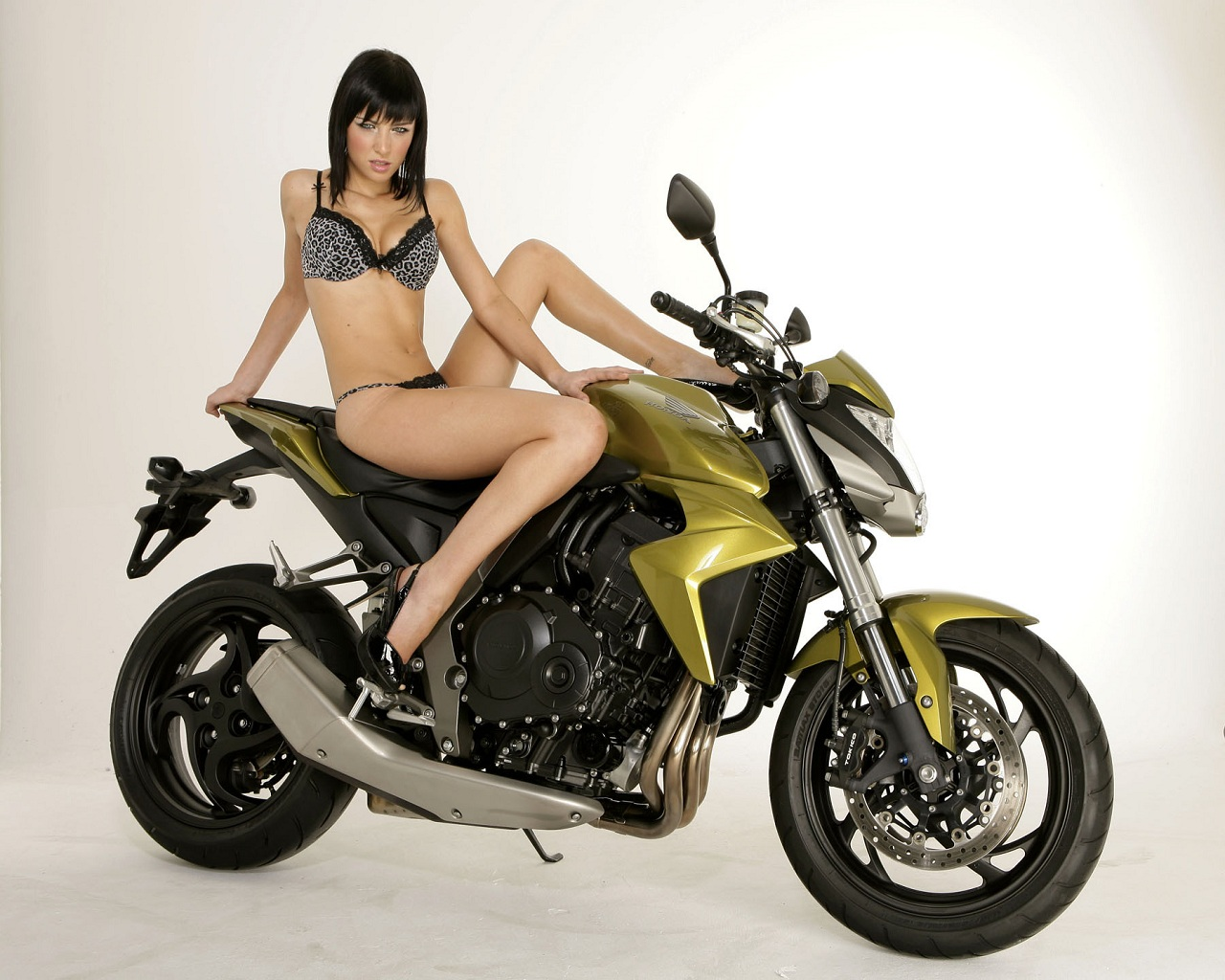 hot naked women on motor cycle