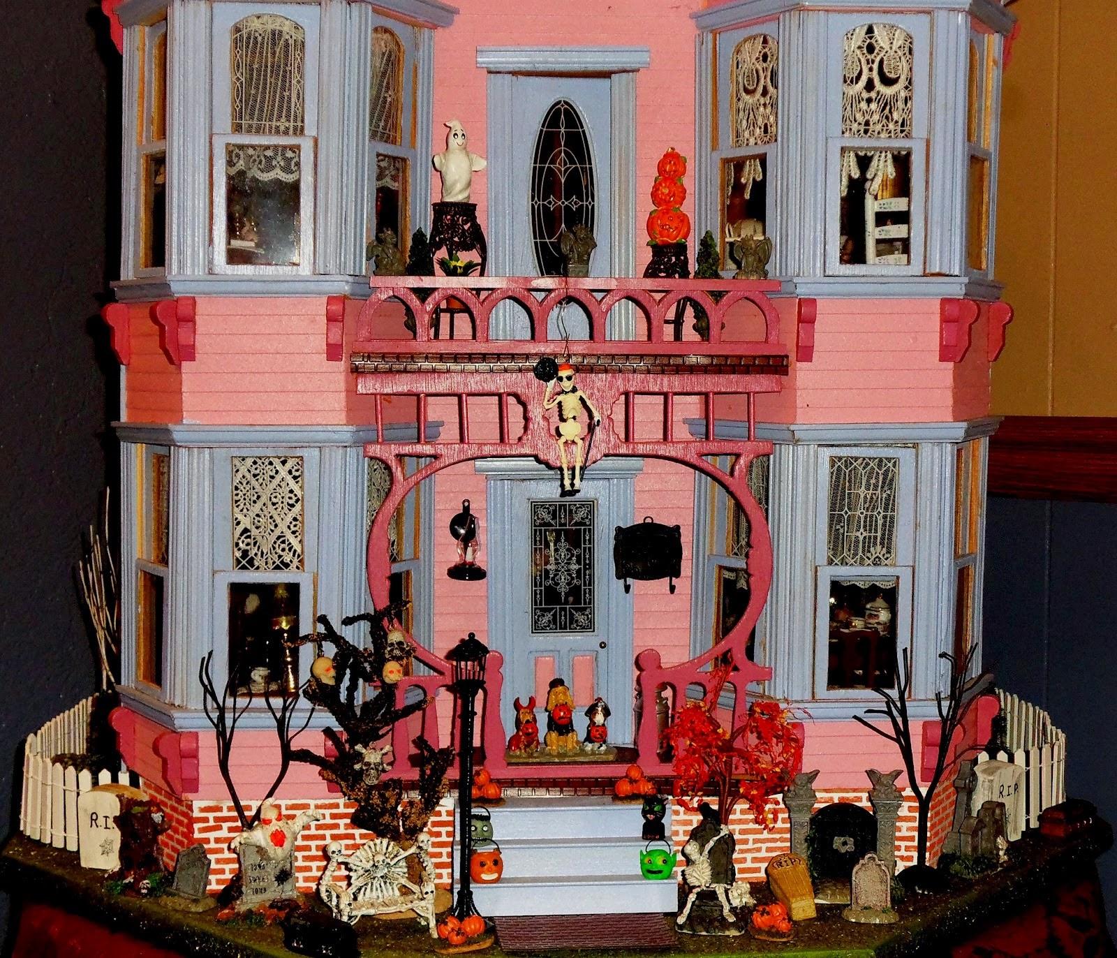 Halloween Doll House 2014