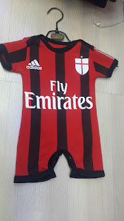 gambar desain terbaru jumper bayi baju bola bayi Jumper bayi Ac Milan home terbaru musim 2015/2016 di enkosa sport toko online jersey terpercaya