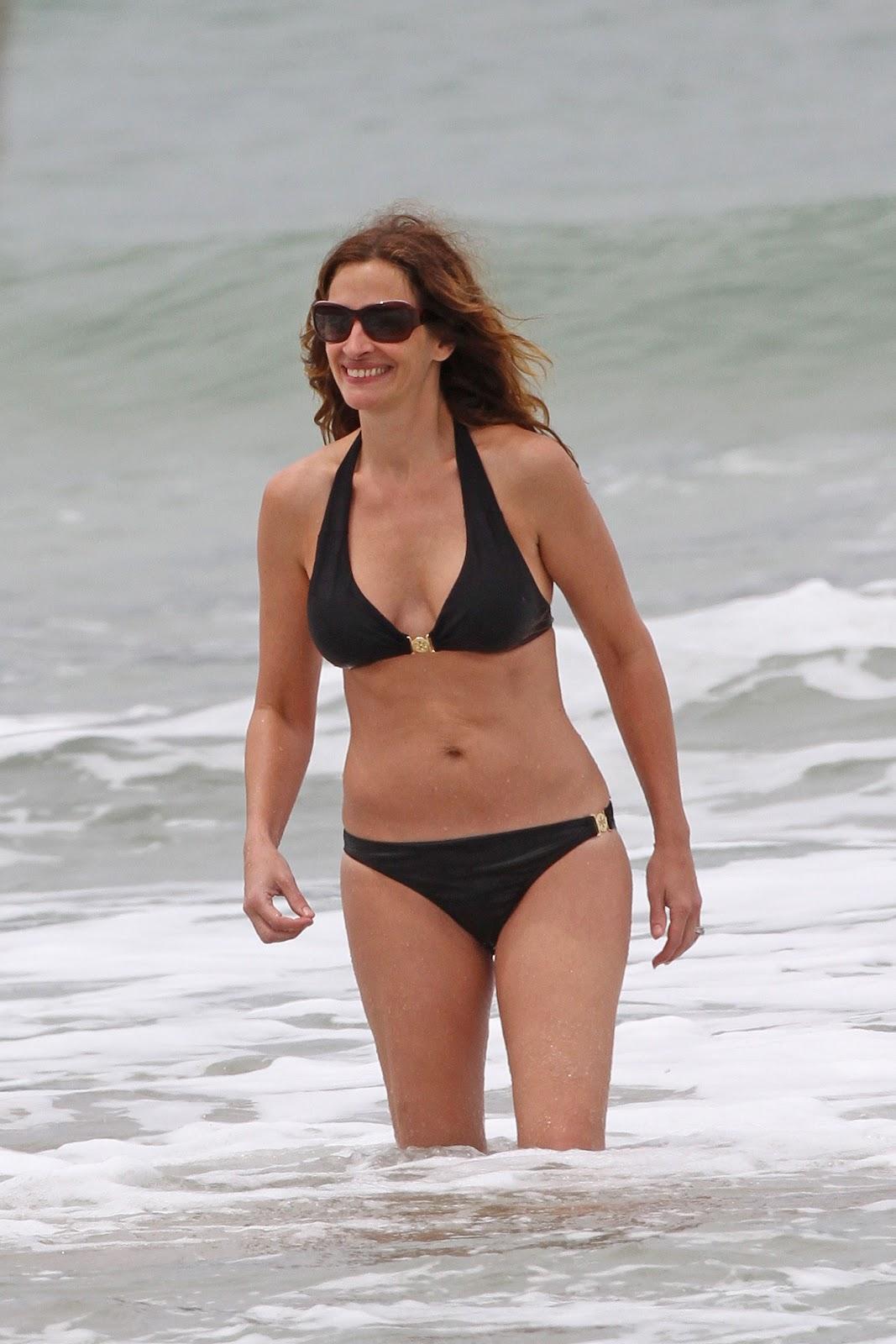 http://2.bp.blogspot.com/-NKIoU_wTw2E/T8DuJLdmj6I/AAAAAAAAHJo/0I3henGGvkY/s1600/+Julia+Roberts+-+Bikini+candids+Hawaii+%2828%29.jpg