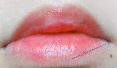 nanas'B cherry yogurt tint review + lip swatch