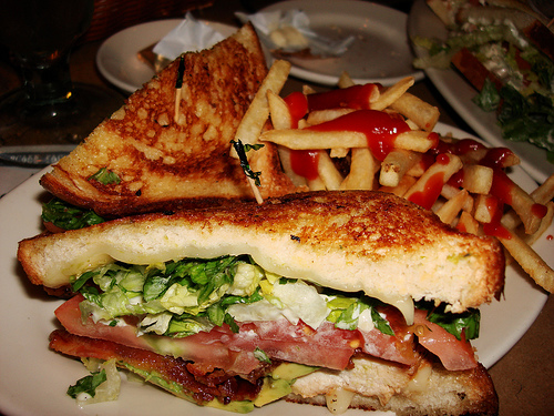 Grilled Chicken Sandwich With Fries