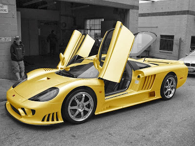 Saleen S7 yellow