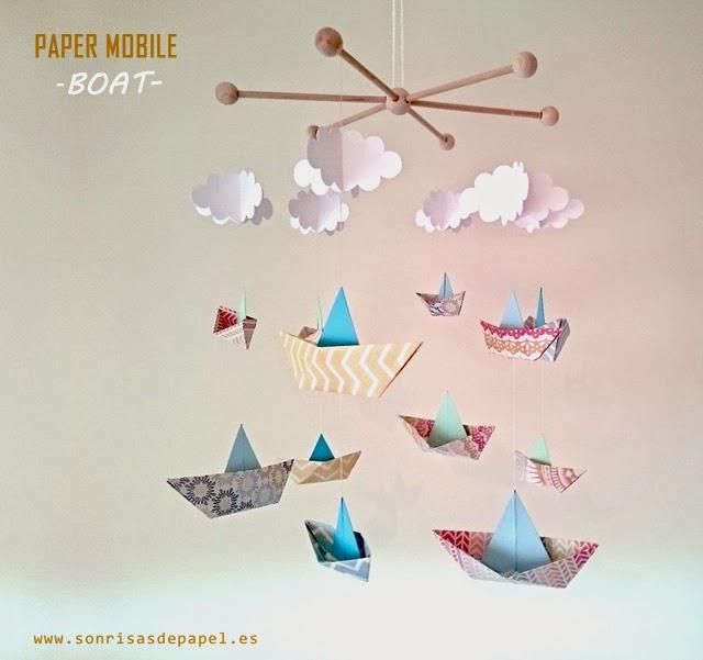 los papeles que he empleado para crear los barcos de papel son papeles de scrapbook en este caso he elegido una gama de colores vivos y con motivos