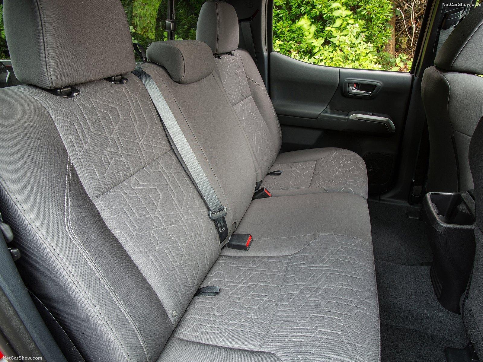 Hình ảnh xe ô tô Toyota Tacoma 2016 & nội ngoại thất