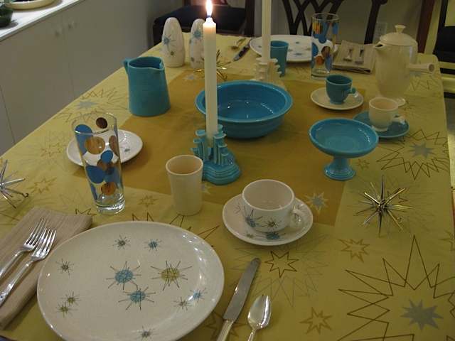 Franciscan Starburst dinnerware. Russel Wright Eclipse polka dot glassware. Turquoise and Ivory vintage Fiesta and Harlequin. & Richardu0027s Tablecloths
