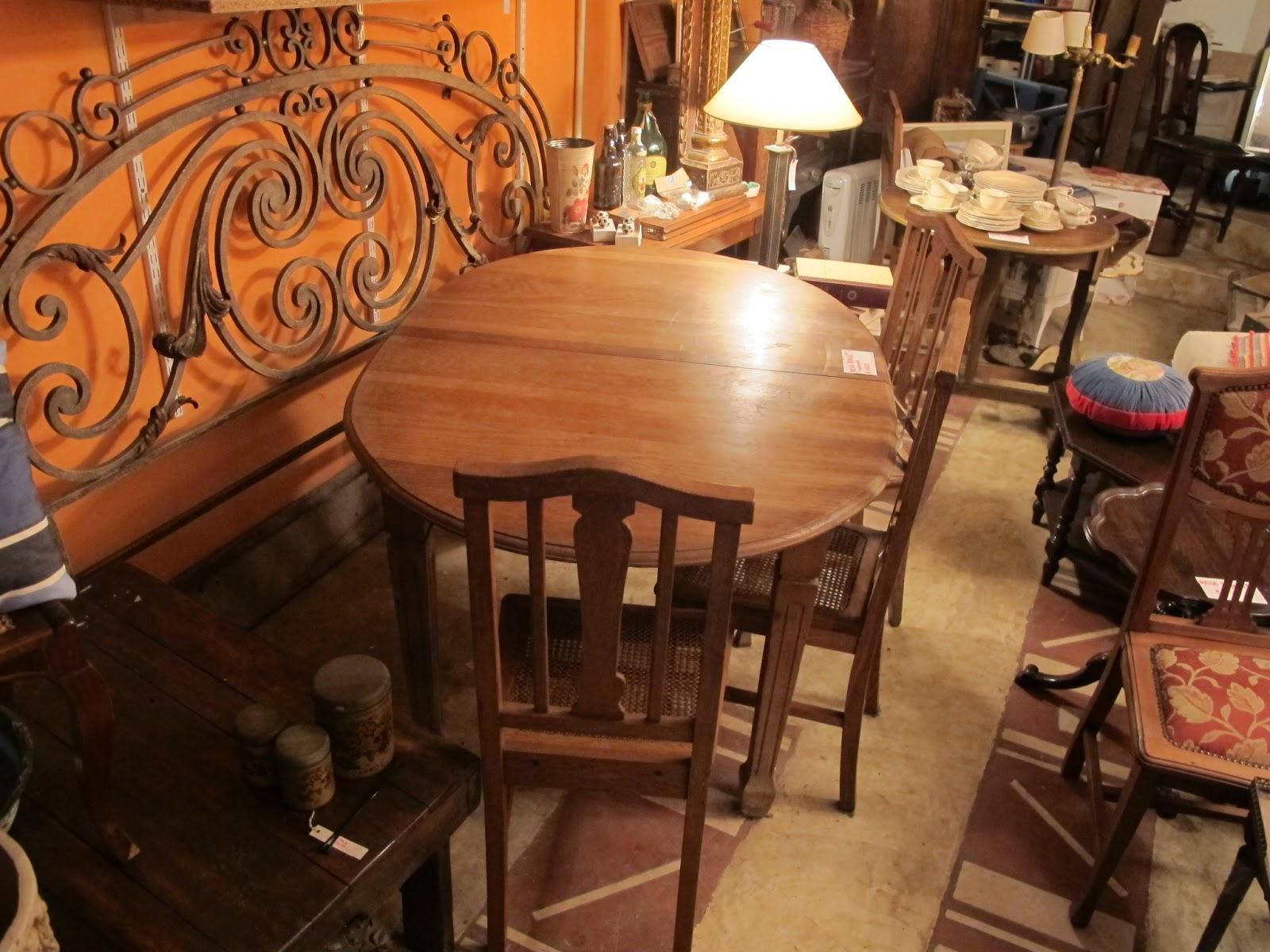 La guardilla flea market style muebles comedor for Sillas roble para comedor