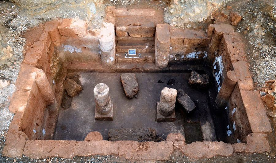 Three new Royal Tombs found at Aigai - The Archaeology ...