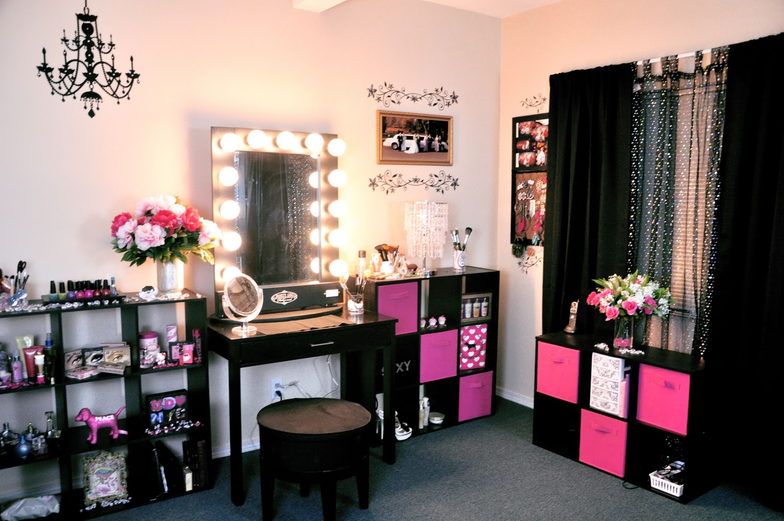 Makeup Artist Room Design