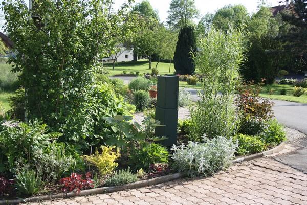 le blog de mon doubs jardin mon massif edf. Black Bedroom Furniture Sets. Home Design Ideas