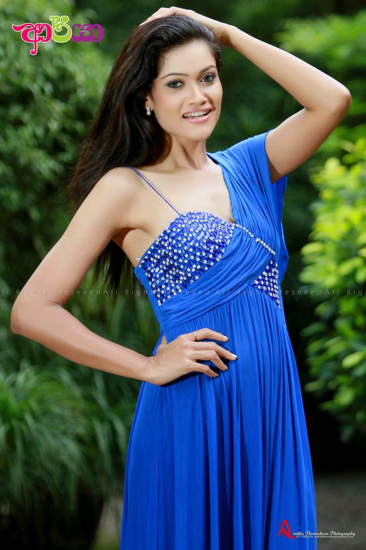Chulakshi Ranathunga blue