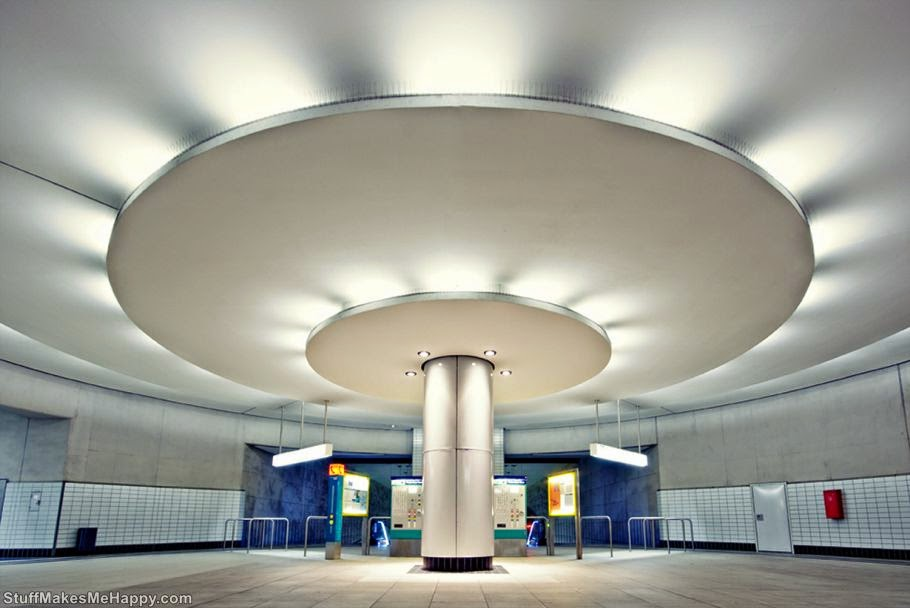 Bockenheimer Warte Station, Frankfurt, German (Photo by Andreas Wecker)