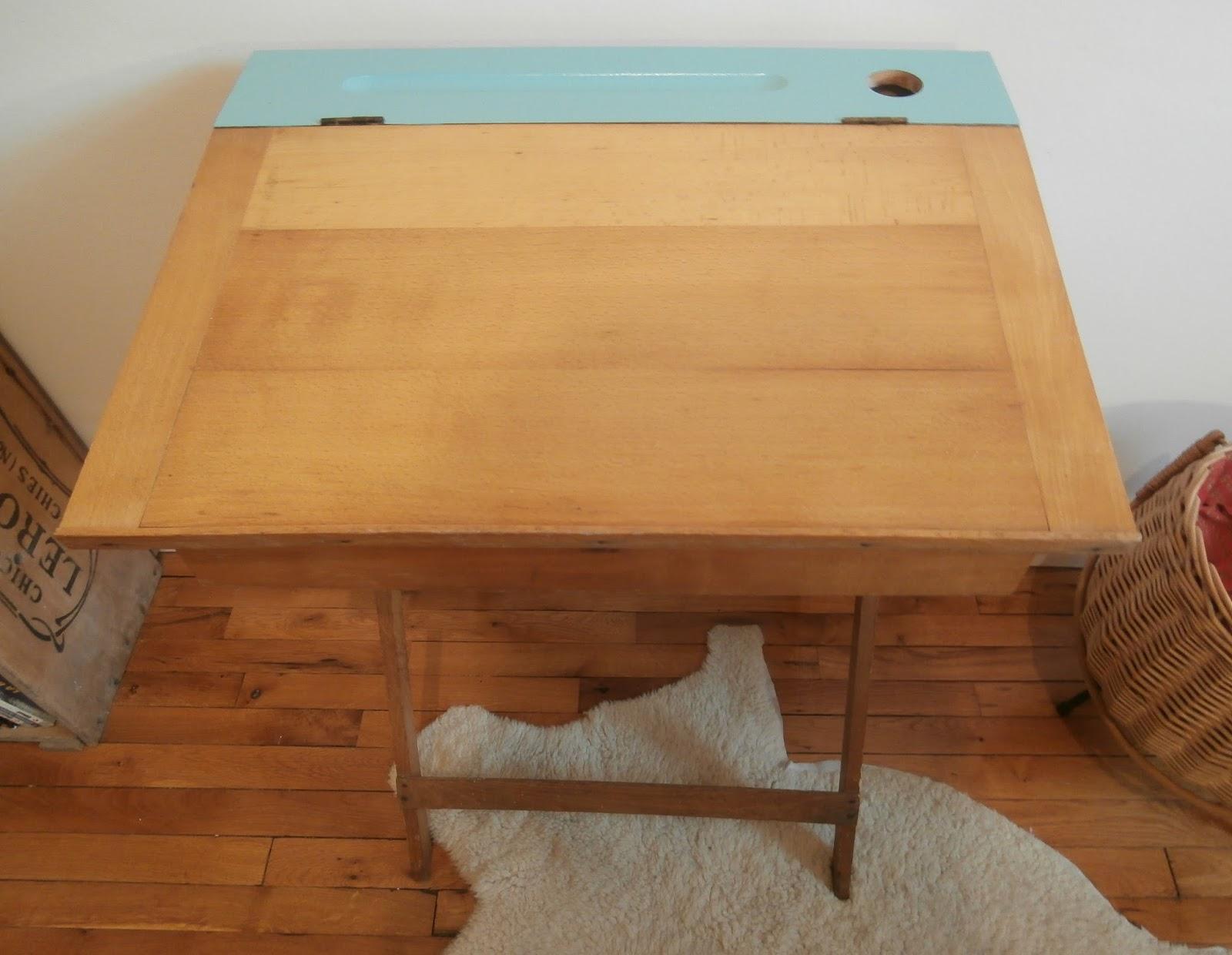 dur e de vie ind termin e petit bureau vert jade pliable. Black Bedroom Furniture Sets. Home Design Ideas