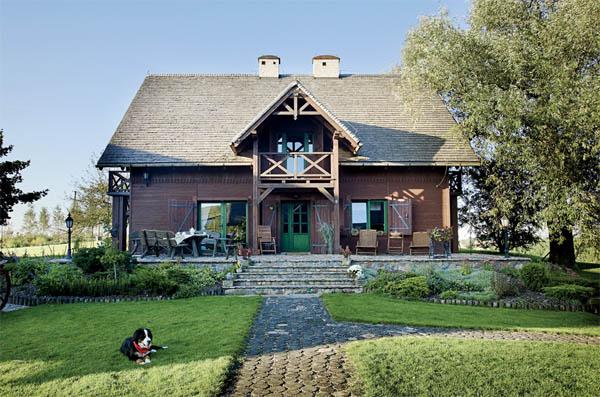 fachada casa polaca tradicional