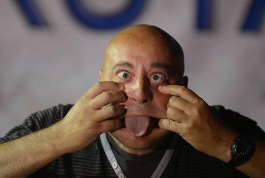 Foto: Uniknya Kontes Muka Jelek di Spanyol