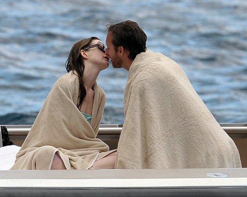 Anne Hathaway in Bikini in Italy