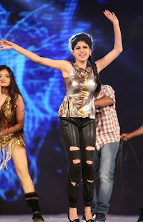Actress Naveena Dance Performance at Gama Awards Pictures Stills Gallery 11