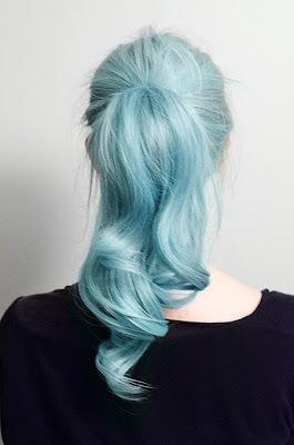 pasztell kék haj