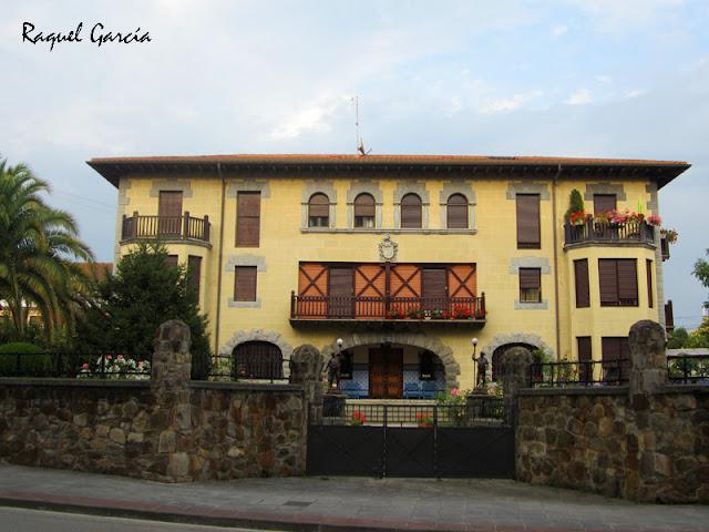 Casa de la familia Isusi en Amaurrio (Álava)