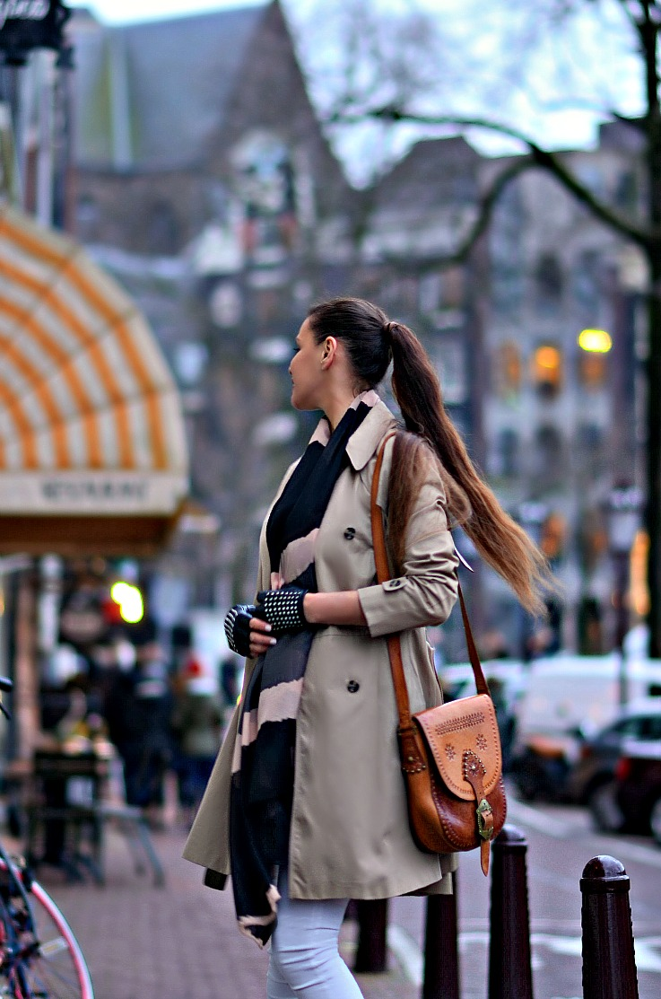 Tamara Chloé, Zara peplum trench coat, Zara fringe ankle boots, Vintage Spanish hippie folk boho bag, Luxury for princess, TC Style Clues, Amsterdam, white skinny jeans, studded leather gloves