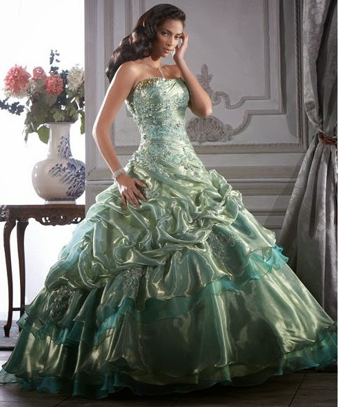 Imponentes vestidos de 15 años