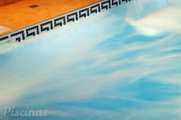 De piscinas electr lisis del agua para piscinas for Cantidad de sal para piscinas