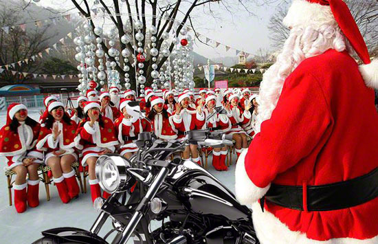 Are you ready for your Christmas motorcycle dating? |Biker Singles ...