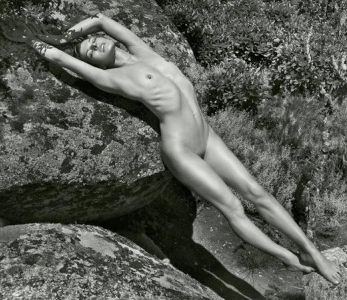 ellie kem nude pics