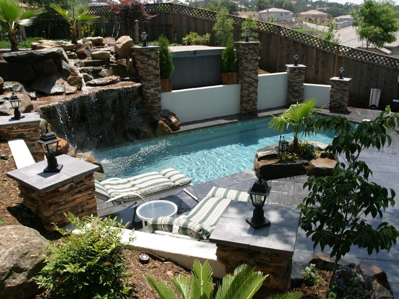 Landscape design ideas backyard pool landscape ideas for Outdoor garden pool