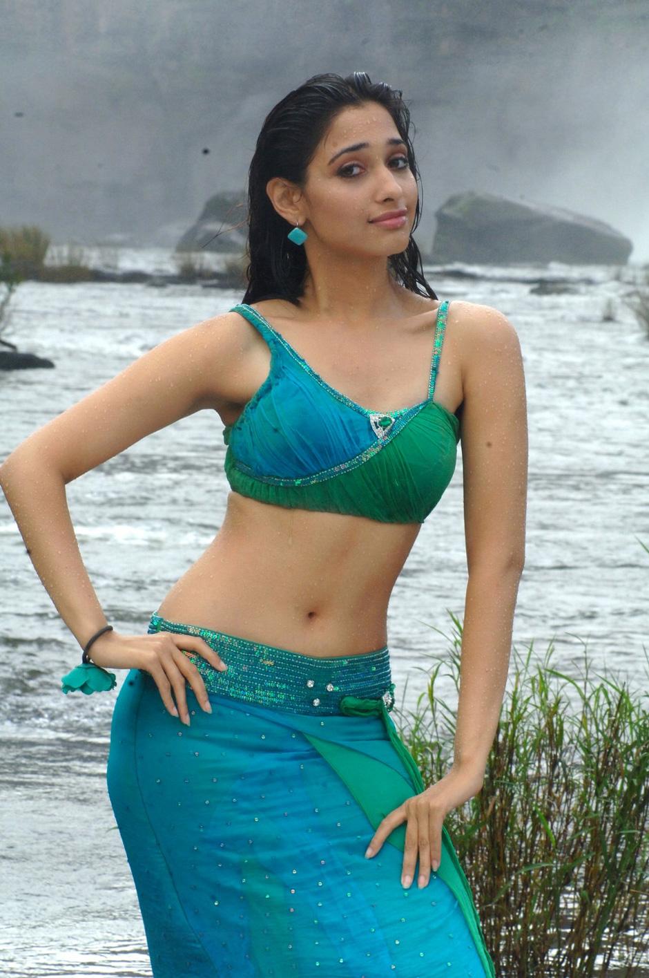 Actress Tamanna Hot Navel Stills Cinema 4d Check Output Paths