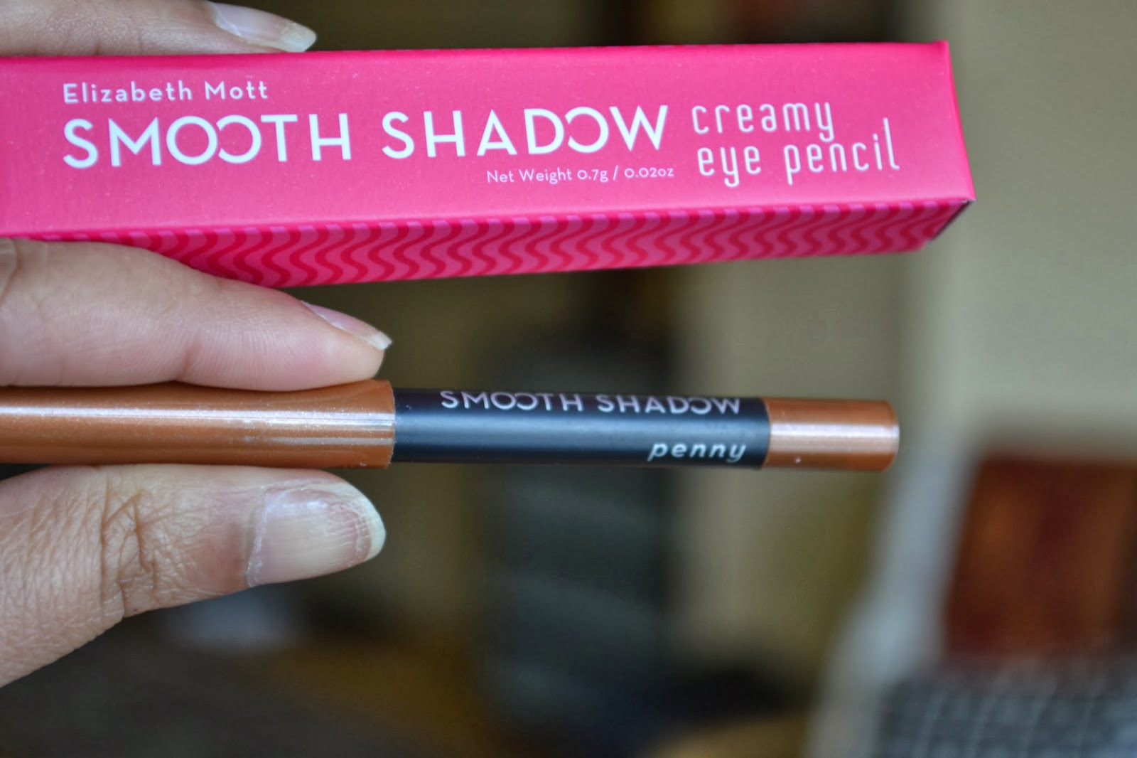 Elizabeth Mott Smooth Shadow creamy eye pencil