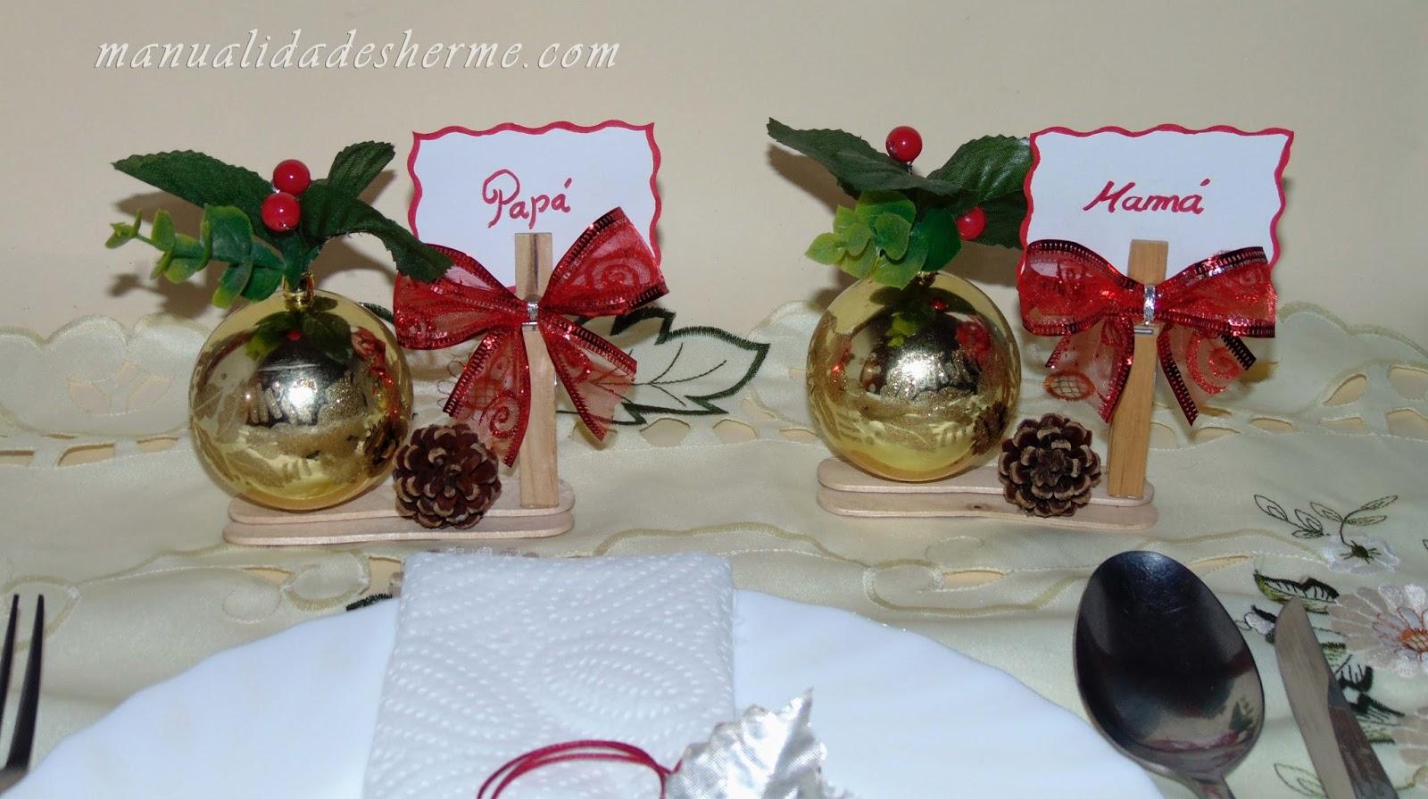Manualidades herme hacer carteles de mesa para navidad for Centro mesa navidad manualidades