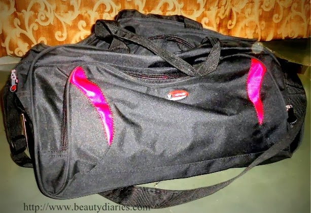 Voyage Travel bags from Homeshop18