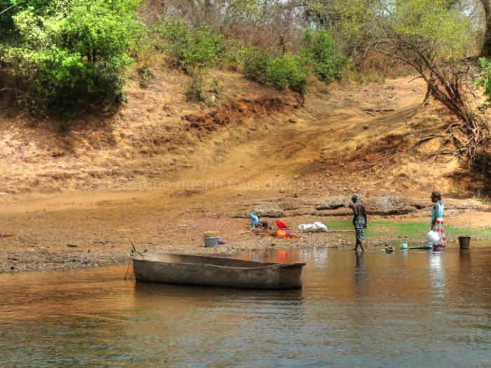 rencontre au bord du fleuve
