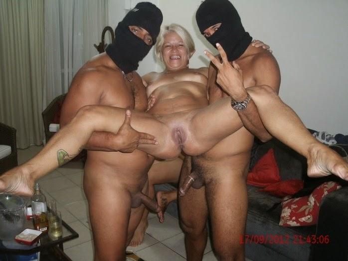 Esposa gorda com dois machos 8