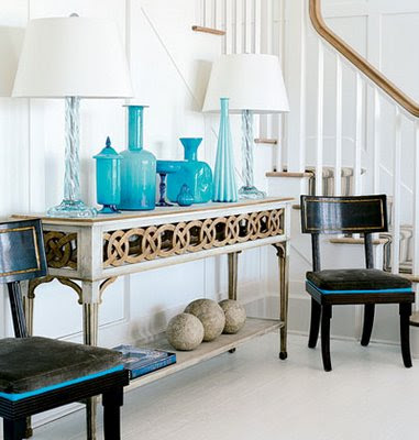 A Lived in Home: Ways to Style a Console Table