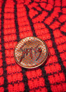 vintage pin back button punk rock oi! sham 69 jimmy pursey dead boys stiv bators dennis the menace gnasher slaughter and the dogs geometric brooch 1960 1970 60s 70s