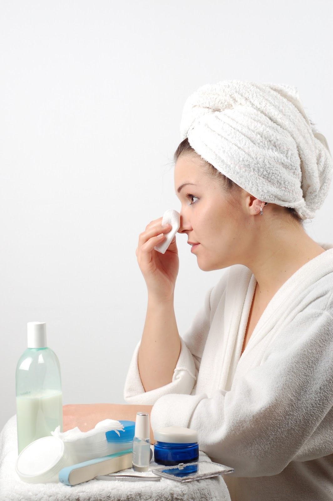 Как и чем распарить лицо перед чисткой в домашних условиях?