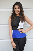 Kajal Agarwal Latest Photos at Yevadu Press meet-thumbnail-2